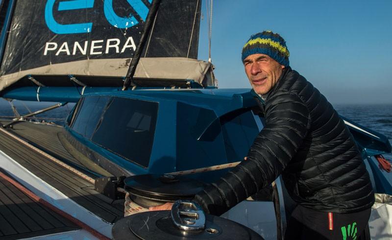 Mike Horn-pole-2-pole
