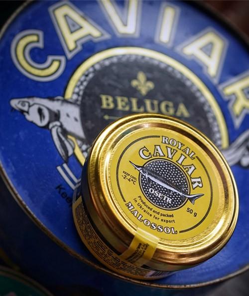 Welche Kaviarsorten gibt es und wie isst man Kaviar
