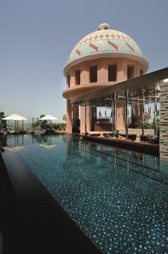 Kempinski-Hotel-Mall-of-the-Emirates